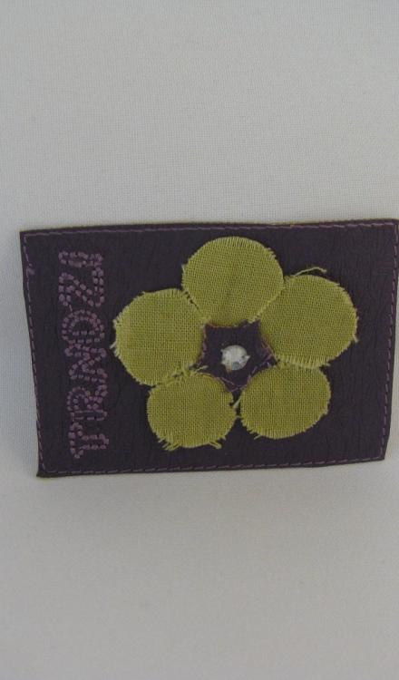 Applicatie trendz paars bloem