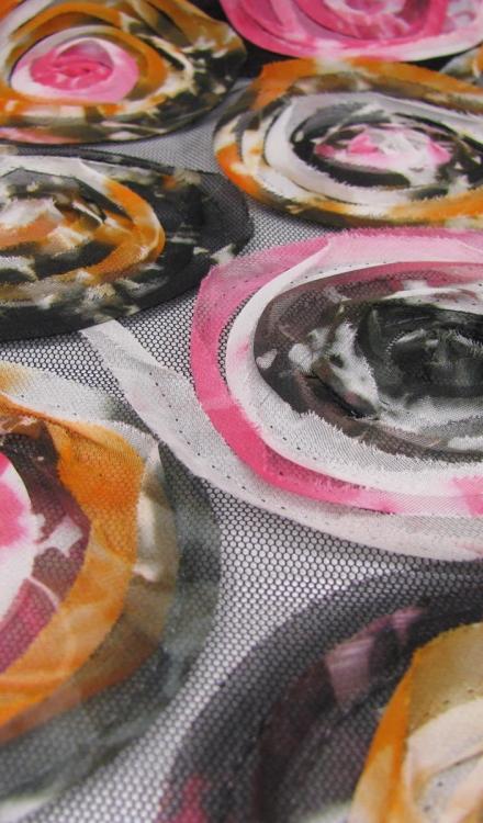 Netstof zwart met cirkel Polytex