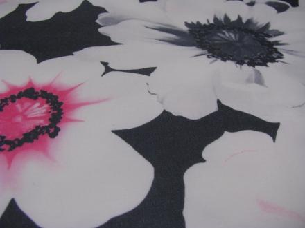 Grijs met bloemen A la Ville
