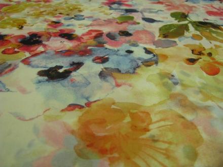 Polyester geel met bloemen Gossypium